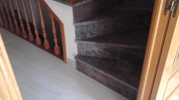 Es posible reformar esta escalera habitissimo for Como se ase una escalera