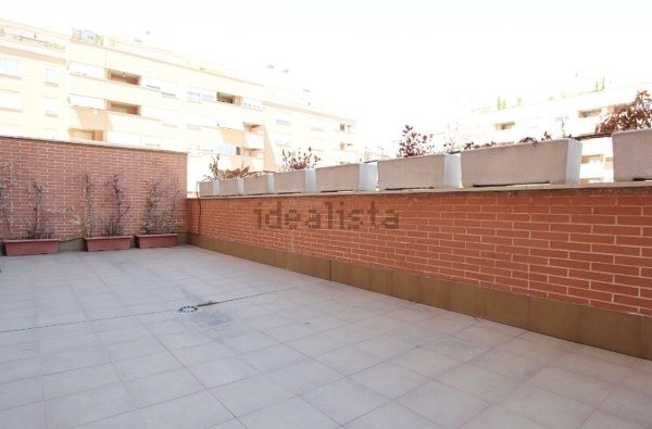 ¿Cuánto costaría diseñar un espacio de una terraza de unos 33m2?