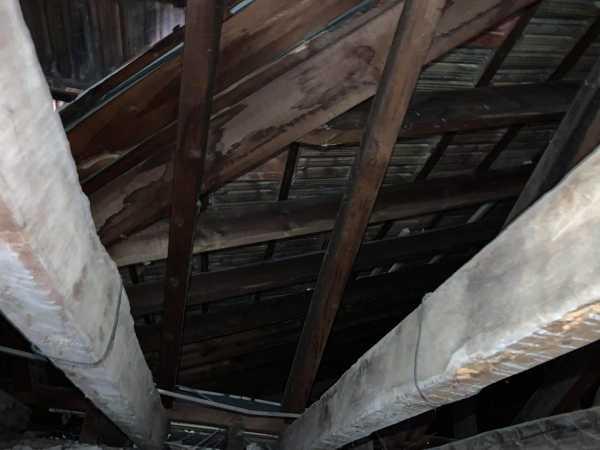 ¿Se puede poner un techo en esta vivienda?