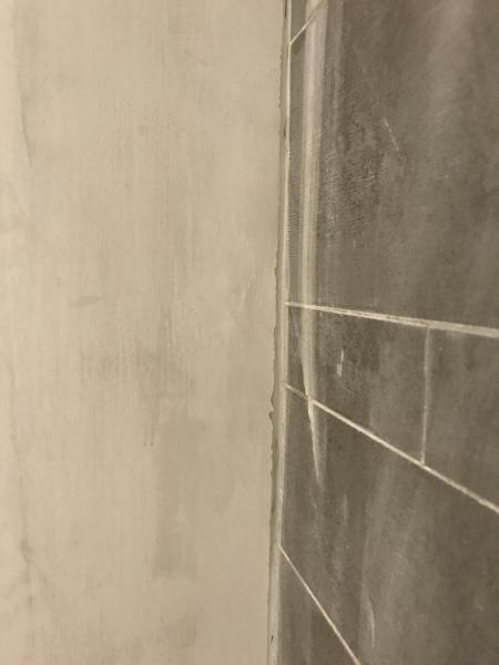 ¿Cómo puedo tener un corte recto en este azulejo?