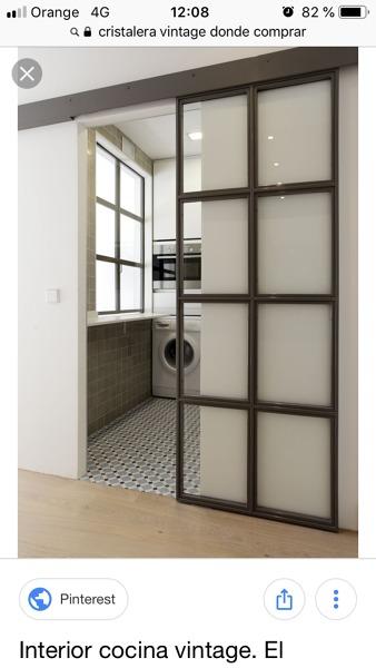 ¿Cuánto costaría una puerta de cristal y forja estilo industrial?