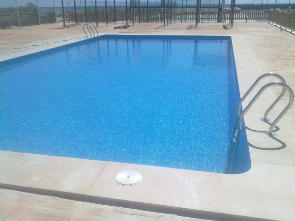 alicatado piscina_607691