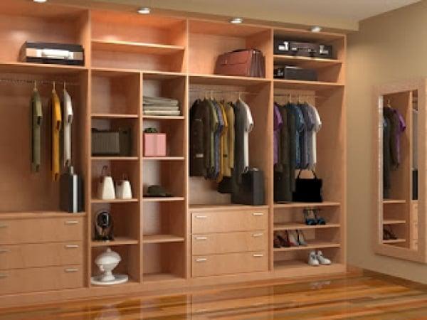 Presupuesto hacer armario empotrado online habitissimo for Distribucion de armarios empotrados por dentro