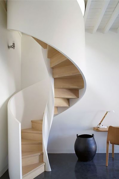 Se puede cambiar una escalera recta por una de caracol? - Habitissimo
