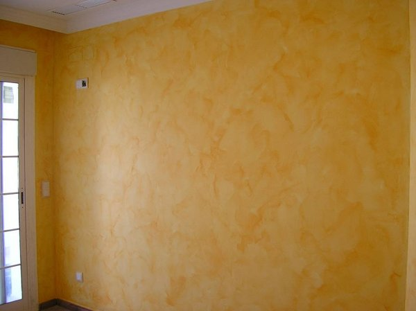 C mo se puede quitar el estucado de una pared habitissimo - Quitar pintura de pared ...