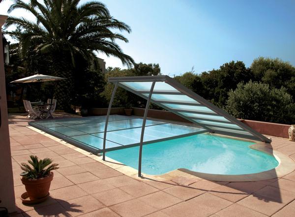 ¿Cuánto podría costar una cubierta como esta para una piscina de 2x3 metros?