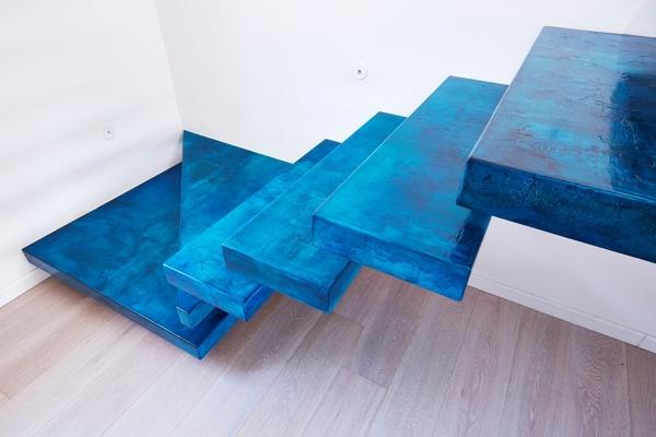 ¿Se puede cubrir suelos con un parquet sintético transparente?