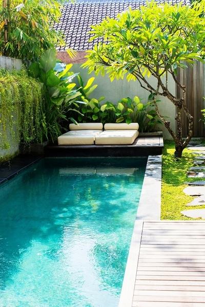 ¿Qué dimensión tiene esta piscina?