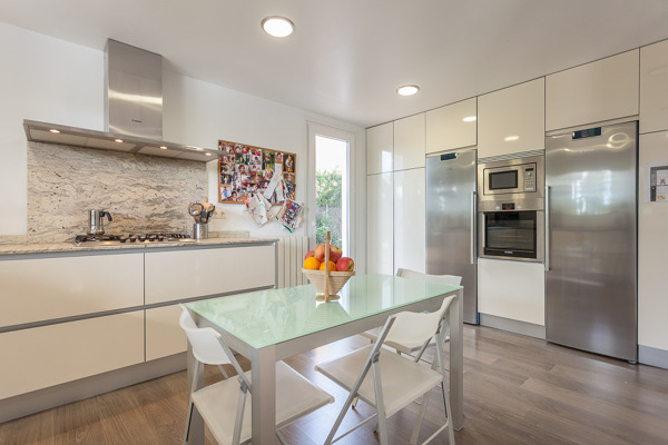 Presupuesto montar muebles cocina en a coru a online for Montar muebles de cocina