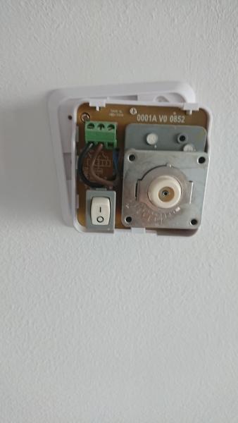 ¿Como tendría que conectar un nuevo termostato digital?
