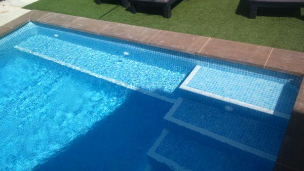 ¿Se puede construir en una piscina ya instalada?
