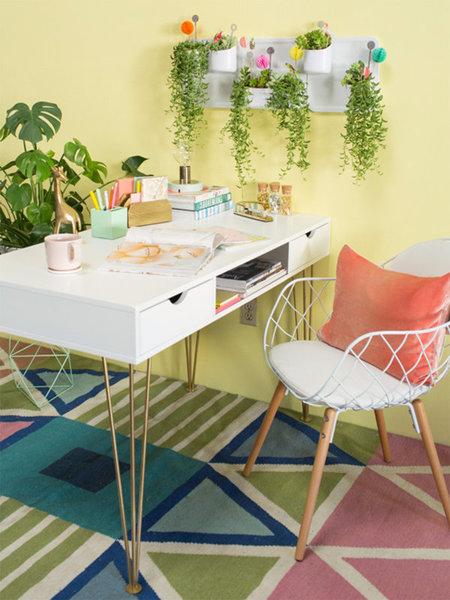 ¿Dónde puedo encontrar este escritorio?