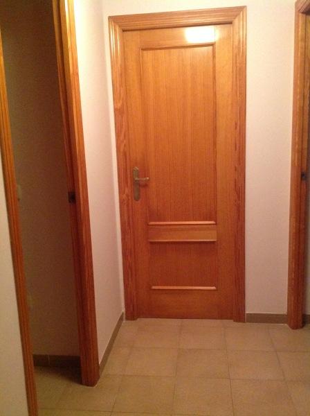 ¿Cúanto costaria lacar en blanco 5 puertas de madera que ahora están en color madera claro?