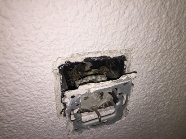 ¿El propietario de un piso de alquiler debe proporcionar a los inquilinos un lugar donde vivir mientras repara los problemas de la casa?