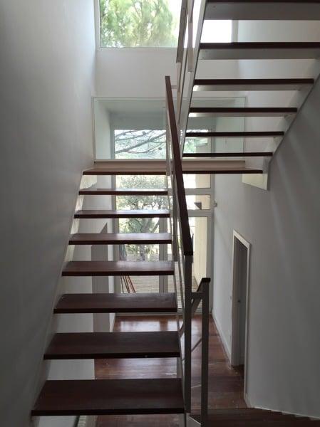 Presupuesto barandillas madera online habitissimo for Escaleras de madera de dos tramos