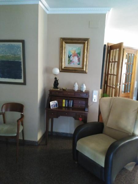 Cu nto costar a pintar o lacar un peque o escritorio for Cuanto cuesta lacar un mueble en blanco