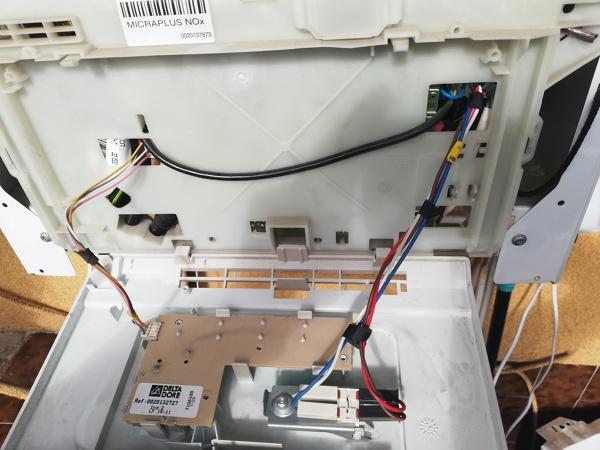 ¿Cómo conecto el termostato a la caldera?