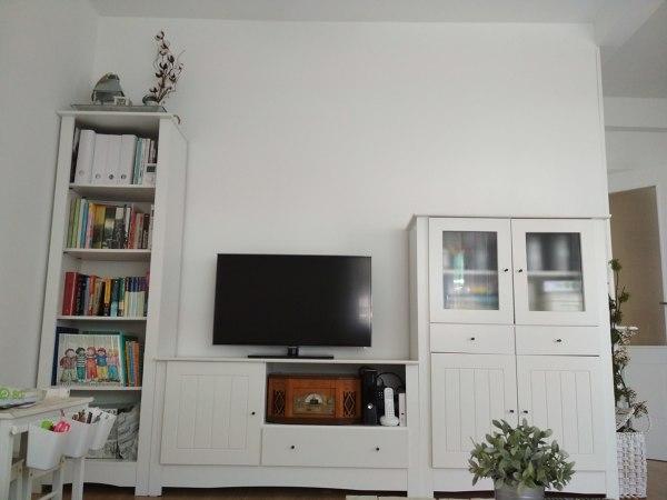 ¿Cómo decoro estas dos paredes de salón?
