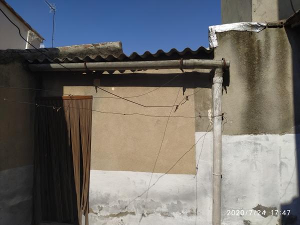 ¿Qué costaría retirar uralita del tejado?