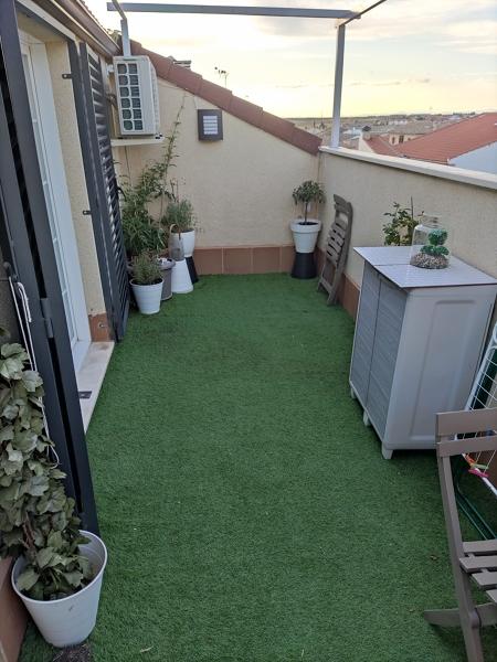 ¿Podría poner un jacuzzi en esta terraza?