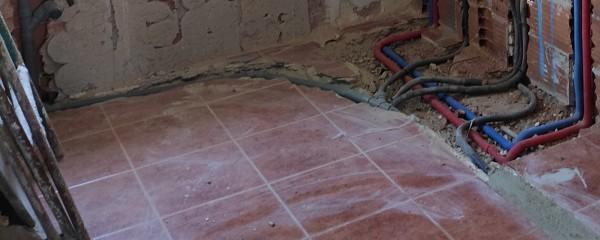 ¿Cómo tapar suelo radiante?