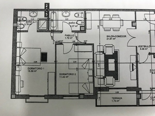 ¿Cómo distribuiríais este pequeño dormitorio?