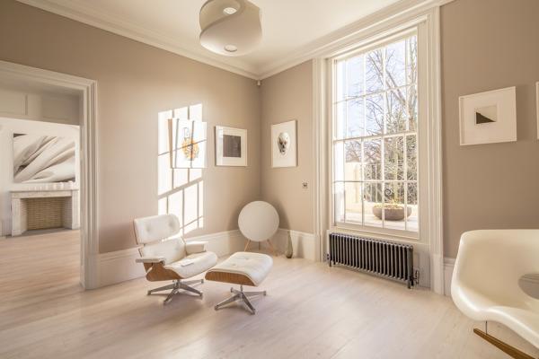 Qu color de pintura se utiliz en la habitaci n for Habitacion que utiliza un conserje
