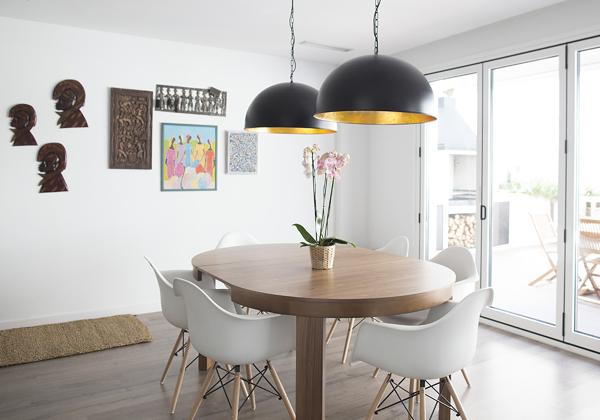 ¿Dónde encontrar esta mesa de comedor?