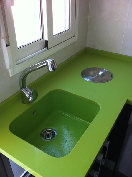 D nde puedo conseguir una pica integrada de color verde for Picas para cocinas
