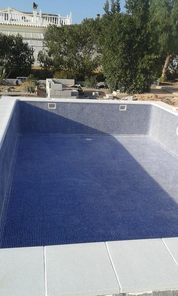 ¿Qué precio tuvo la construcción de esta piscina?