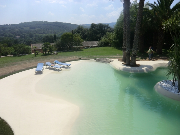 Puedo convertir una piscina normal es una de arena for Costo para construir una piscina