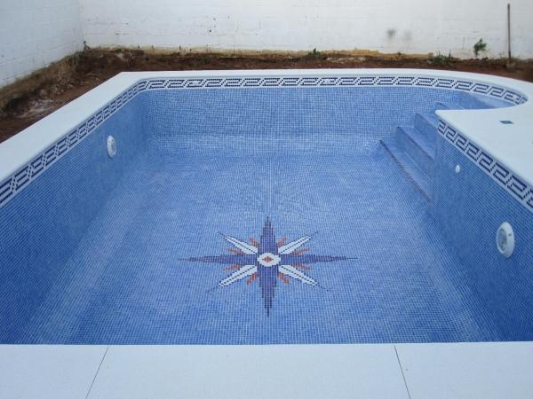 Cuanto cuesta hacer una piscina de obra cuanto cuesta for Cuanto me cuesta hacer una piscina
