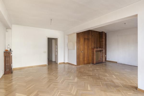 ¿Cuánto costaría la reforma integral de un piso como este?