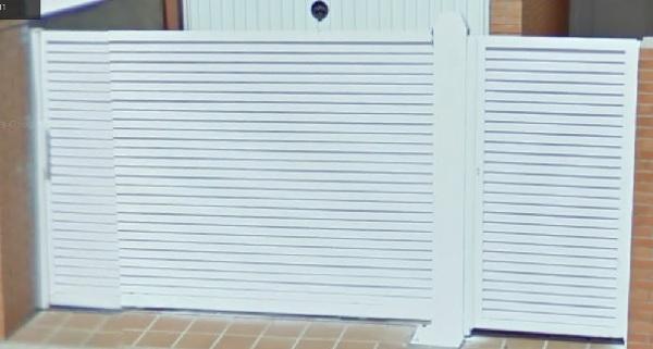 puertas de aluminio o de hierro