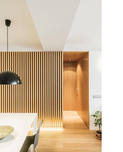 Qu fabricante o distribuidor en madrid existe para for Correderas para puertas de madera