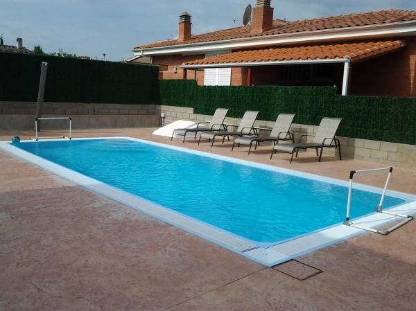 Qu ventajas tiene una piscina de poli ster habitissimo - Precio piscina poliester ...