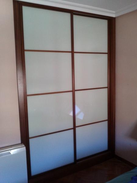¿Qué medidas tiene este armario?