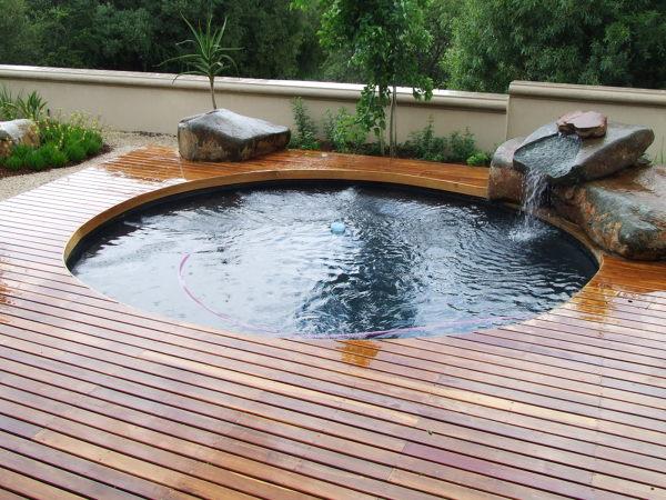 qu requisitos hay que tener para tener una piscina en una terraza de un tico