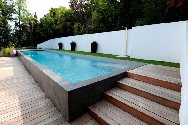 ¿Cuál es la altura de la piscina?
