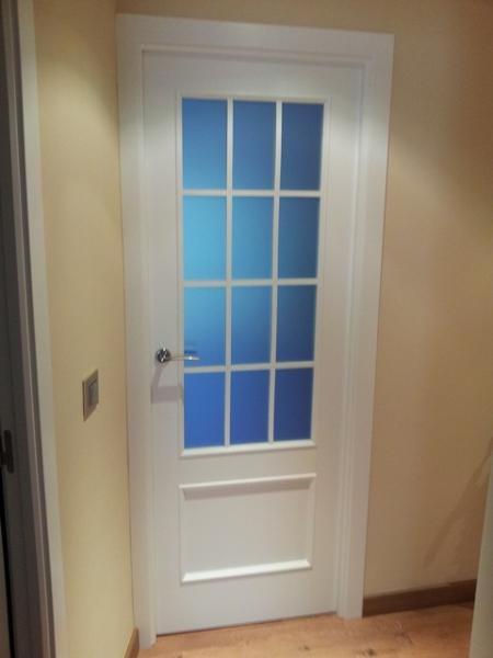 Puertas de madera con cristal finest interior clsicas - Puertas de madera con cristal ...