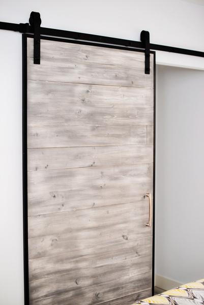 Presupuesto revestimiento madera en madrid online for Revestimiento pared salon