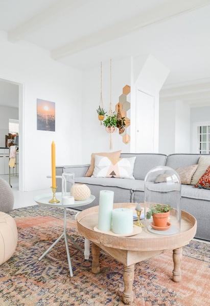 ¿De que marca es el sofá de este salón?