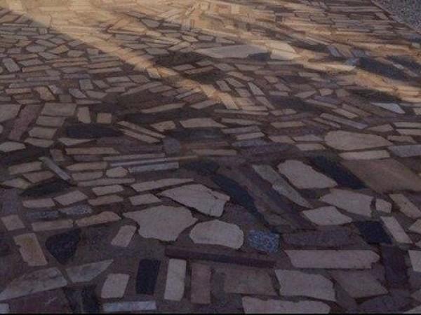 ¿Cuánto costaría cambiar pavimento exterior?