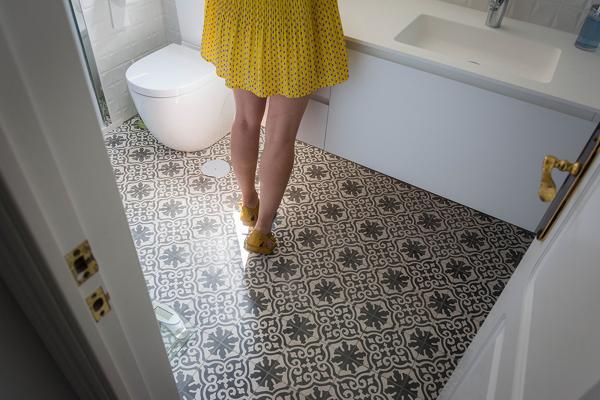 Se puede poner suelo hidr ulico en la ducha habitissimo for Suelo hidraulico bano