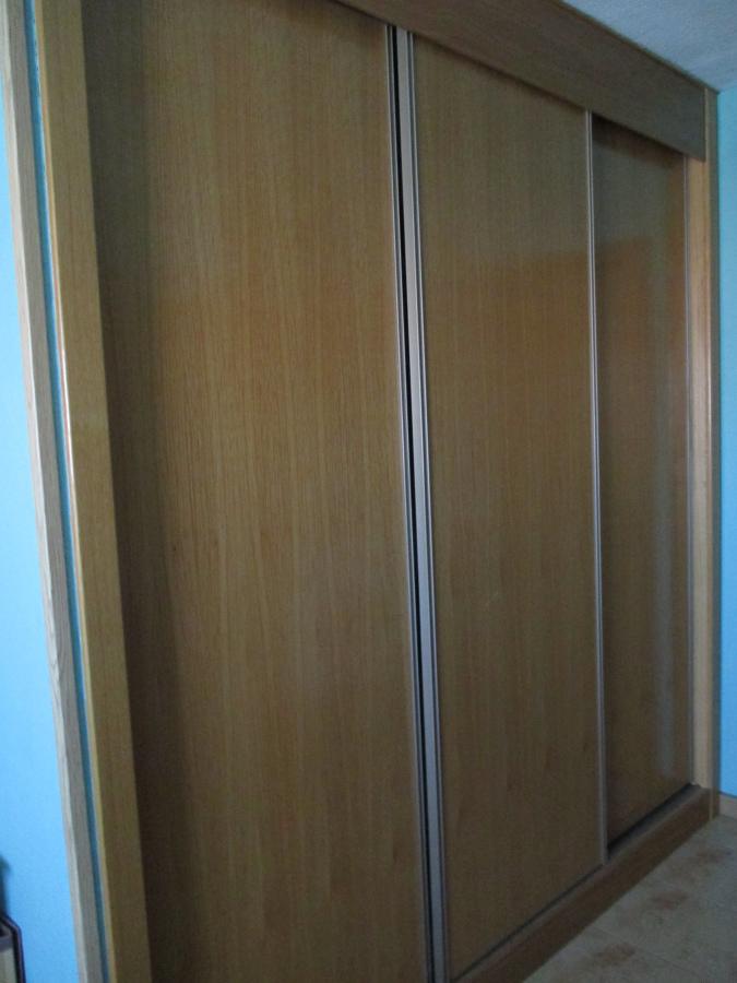 Forrar armario empotrado y cambiar puertas rivas - Cambiar puertas casa ...