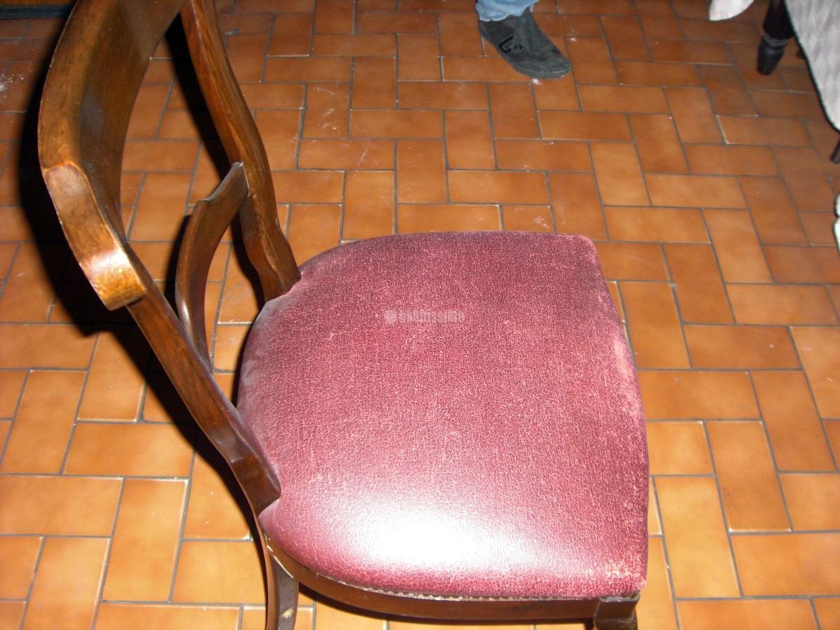 Tapizar 80 sillas y 10 mesas barcelona barcelona for Tapizar sillas precio