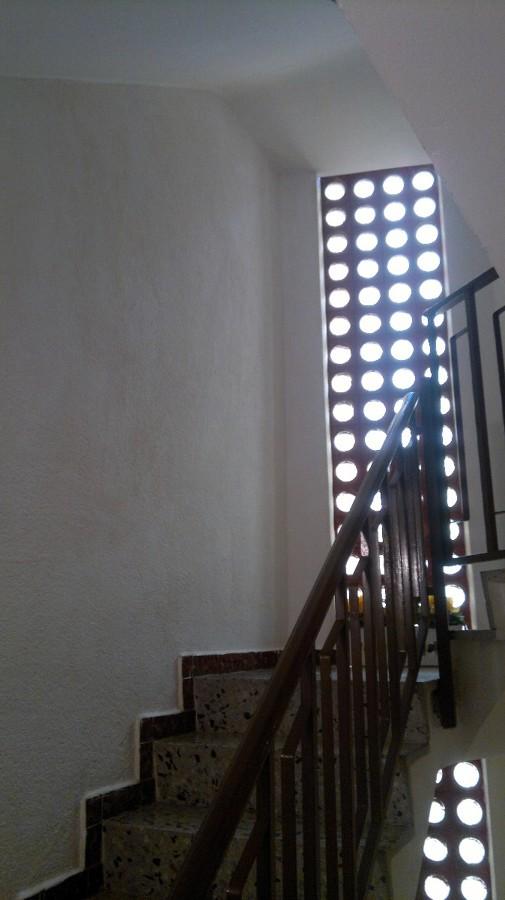 Pintar escaleras de un bloque de 4 pisos matar - Pintura para escaleras ...