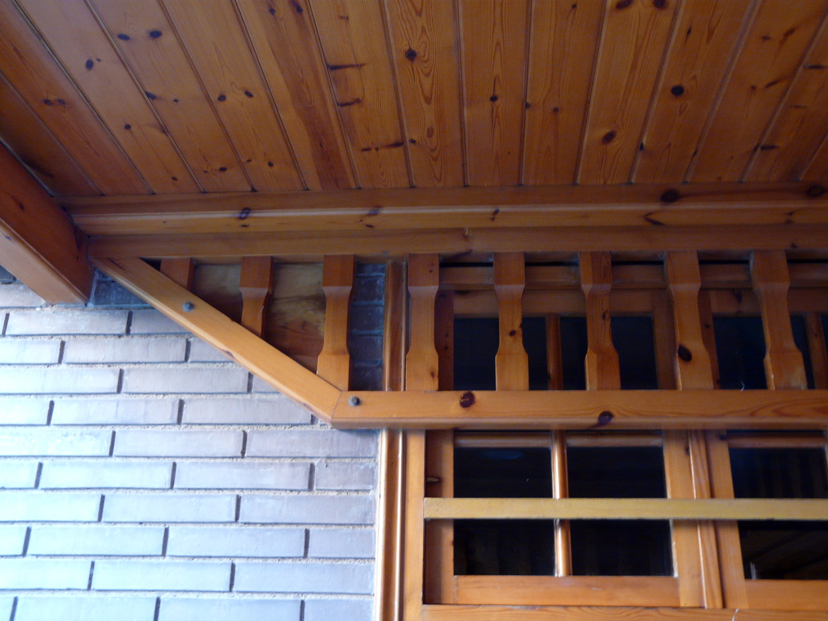 Reparar tejado entrada en madera y pizarra castelldefels - Reparar madera ...