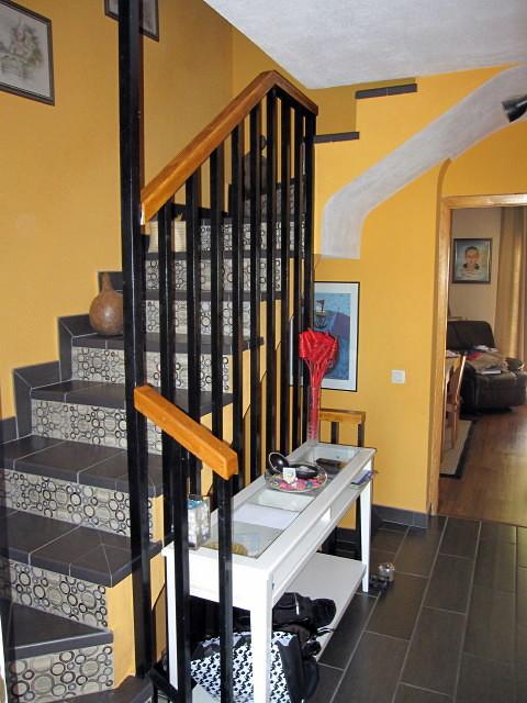 Insonorizar paredes y escalera chalet adosado for Insonorizar pared precio