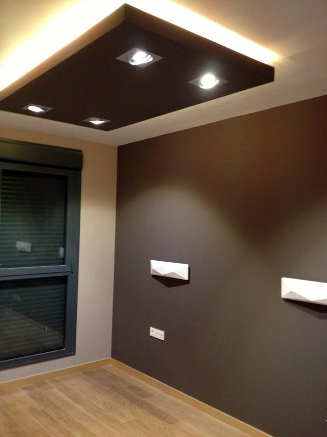 Cajon en el techo de escayola o pladur vitoria gasteiz for Techos de tablaroca modernos